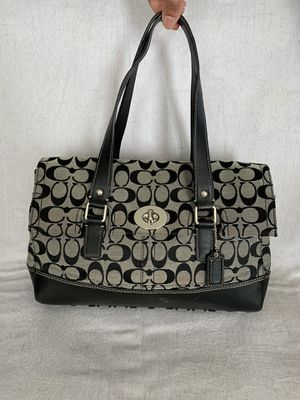 Large Coach bag/purse for sale! for Sale in Herndon, VA