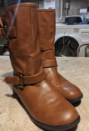Madden Girl Leather Boots Size - for Sale in Oak Park, IL