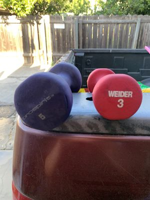 A 3 pound and 5 pound weight for Sale in San Diego, CA