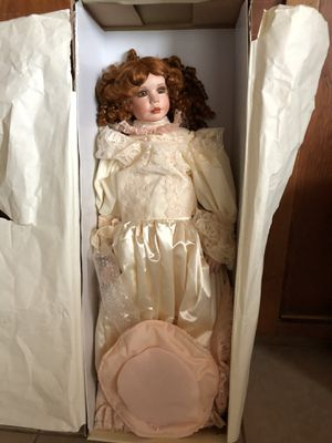 Antique Doll for Sale in West Palm Beach, FL
