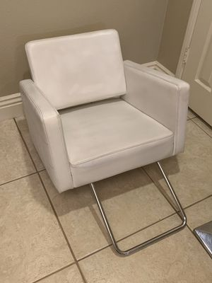 Class Hydraulic Barber Chair salon beauty spa styling chair for Sale in Aliso Viejo, CA