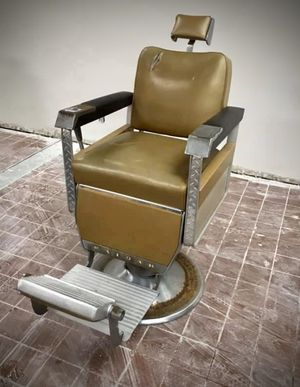 Antique Barber Chairs for Sale in Los Angeles, CA