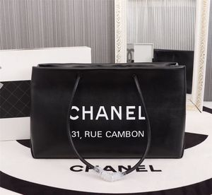Chanel Leather Tote Bag (Handbag, Purse) for Sale in San Jose, CA