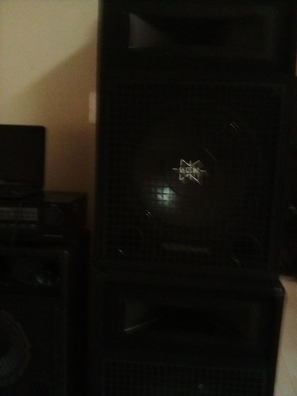 15's digital pro audio: dj speakers...mint condition..no damage real clean, hit hard...comes with new wire..14 have...8 feet on both...$100. firm$$$