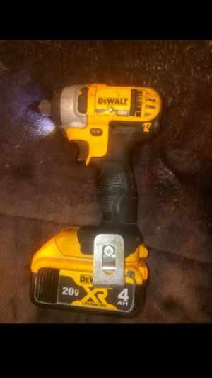 DeWalt impact drill 20v max 4ah bettery for Sale in Houston, TX