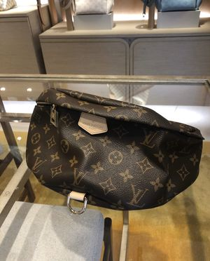 Brand new Lv bumbag for Sale in Meridian, MS