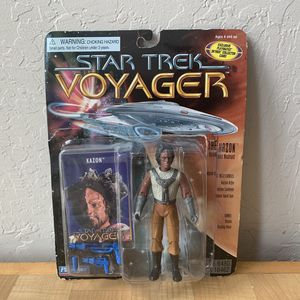 Vintage 1996 Playmates Paramount Pictures Star Trek Voyager Kazon Action Figure Toy NOTE : Item Is New With Accessories But Bubble Is Coming Off Card for Sale in York, PA