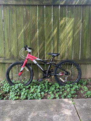 Girls Raleigh Lily Bike for Sale in North Chesterfield, VA