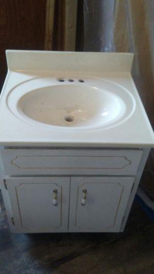 Sink and vanity for Sale in Eastman, GA