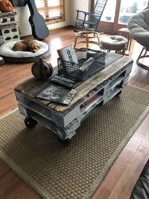 Coffee Table DIY Pallet & Reclaimed Wood for Sale in Wall Township, NJ