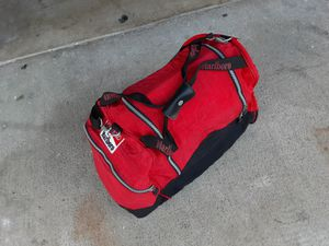 Marlboro Duffle bag for Sale in Santa Fe Springs, CA