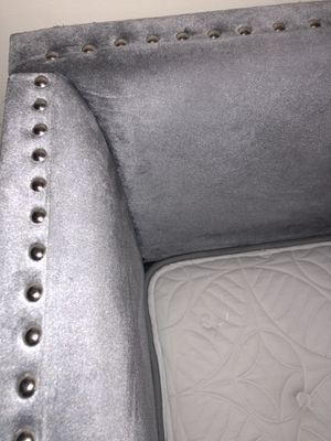 GREY SUEDE FAUX VELVET BED FRAME AND MATRESS for Sale in Columbus, OH