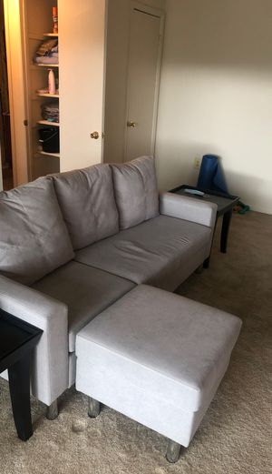 Small gray sectional for Sale in Montpelier, MD