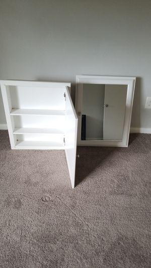 2 mirrored medicine cabinets. Good condition for Sale in Chesapeake, VA