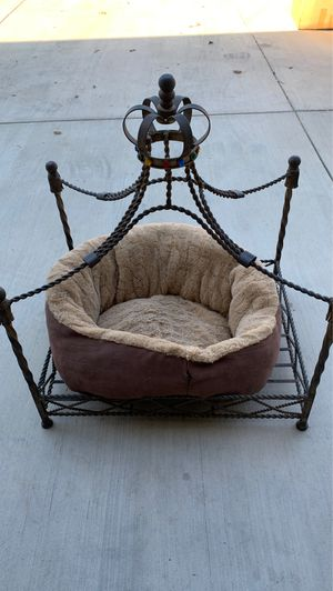 Princess dog bed for Sale in Acampo, CA
