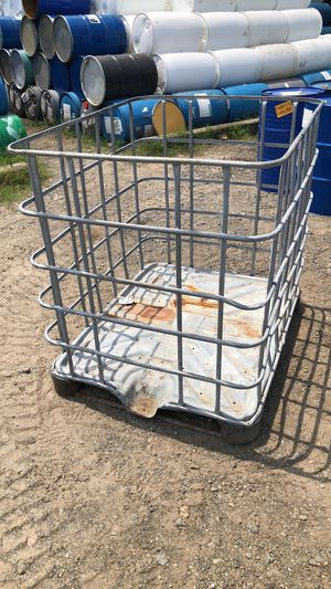 IBC TOTE CAGE CAGES TOTES DRUM DRUMS BARREL BARRELS BIN BINS CRATE CRATES STEEL METAL TUB TUBS for Sale in Mableton, GA