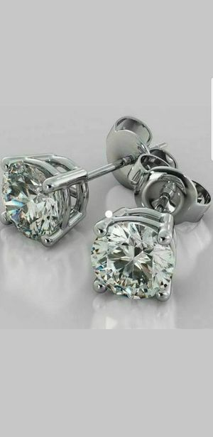 SPARKLING 1.89 CT GENUINE MOISSANITE ROUND EARRIMGS for Sale in Perris, CA