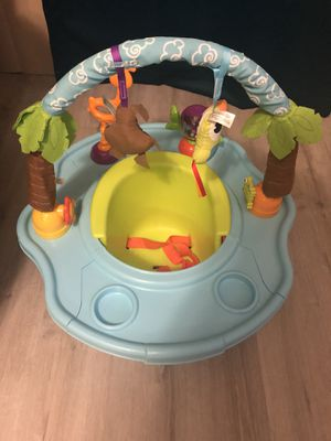 Baby sitter/ Booster Seat for Sale in Tamarac, FL
