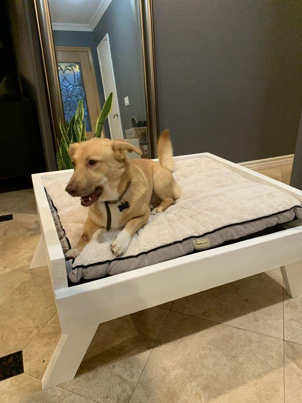 LARGE DOG BED FRAME