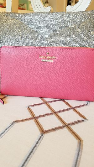 Kate Spade wallet for Sale in Buford, GA