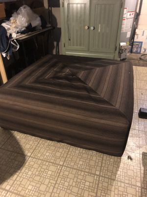 Hard top ottoman for Sale in Hamtramck, MI