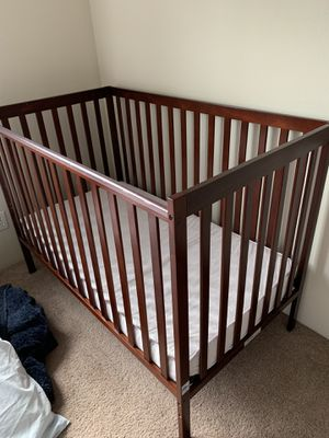 BABY CRIB for Sale in Everett, WA