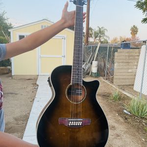 Electric 12 string guitar for Sale in Fresno, CA