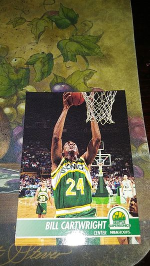 Nba hoops. Bill cartwright for Sale in Toledo, OH