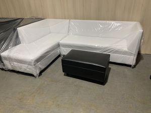 L shape white leather sectional couch ! for Sale in Miami Springs, FL