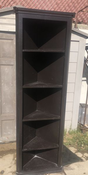 Solid wood corner shelf for Sale in Los Angeles, CA