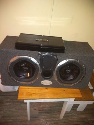 """Stereo system / 10"""" speakers and amplifier for Sale in La Vergne, TN"""