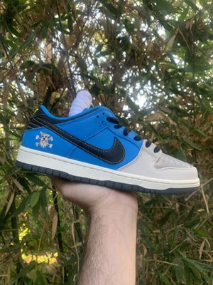 Nike sb instant dunk 10.5 authentic for Sale in Alhambra, CA