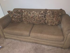 Couch for Sale in Columbia, SC