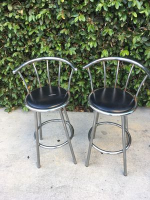 2 bar stools for Sale in Los Angeles, CA