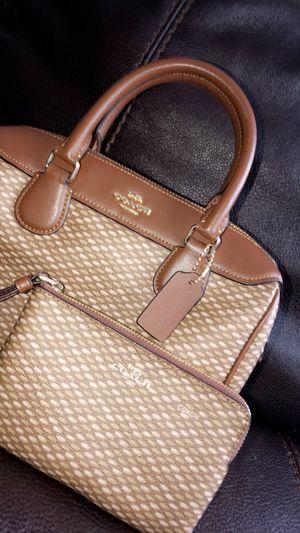 Women's Coach Mini Signature Bennet Satchel & Wristlet Wallet for Sale in Quincy, MA