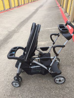 Double seat stroller for Sale in Mansfield, TX