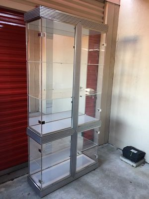 Vintage modern MCM all lucite display cabinet showcase 295 for Sale in West Palm Beach, FL