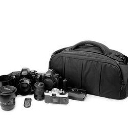 Large Digital SLR Camera Bag and Camcorder Bag, Video Camera Case Tote Bag for Sale in Deltona,  FL