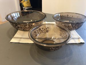 Assorted Pyrex bowls for Sale in Irvine, CA