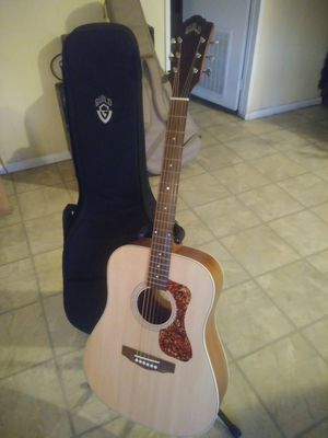Guild acoustic electric guitar with bag for Sale in Wilmington, CA