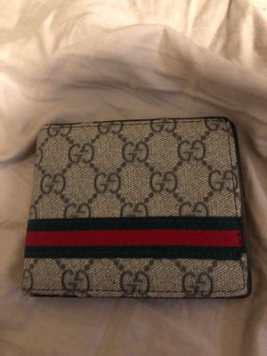 Gucci wallet for Sale in Norcross, GA
