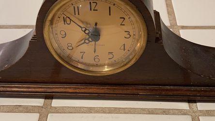 Antique Desk Clock Decoration for Sale in Monterey,  CA