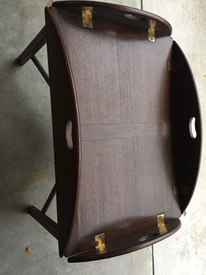 Coffee table for Sale in Goldsboro, NC