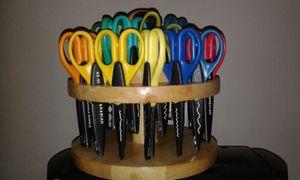 Kraft edgers fiskar craft and scrapbooking scissors for Sale in Alexandria, VA