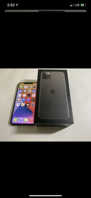 iPhone 11 Pro Max 64 gb factory unlocked good condition for Sale in Decatur, GA