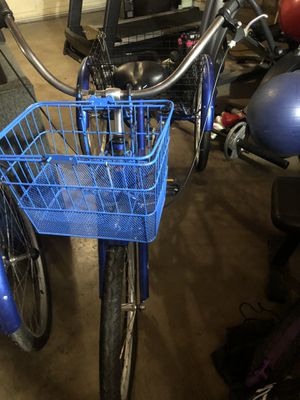Adult 3-wheeled bicycle for Sale in Moreno Valley, CA