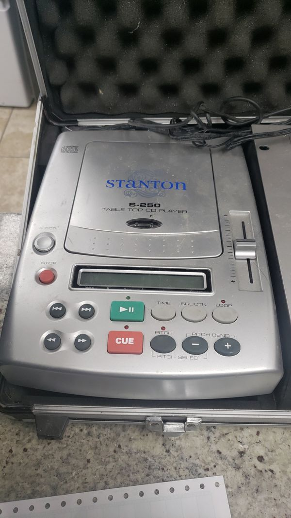 Stanton S-250 Table top CD player