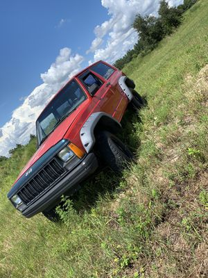 Jeep cherokee for Sale in Haines City, FL