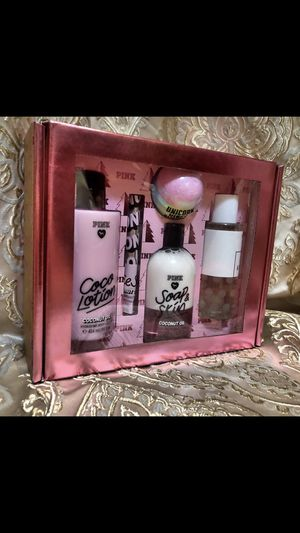 Victoria's Secret Pink gift set for Sale in Kissimmee, FL