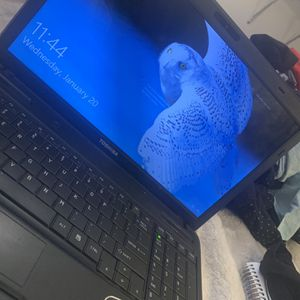 Toshiba Laptop for Sale in Vacaville, CA